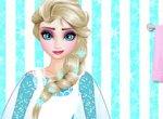 Frozen - Elsa Lavando a Louça